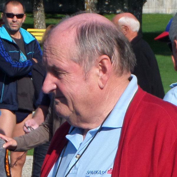 Dr. Herbert Linser